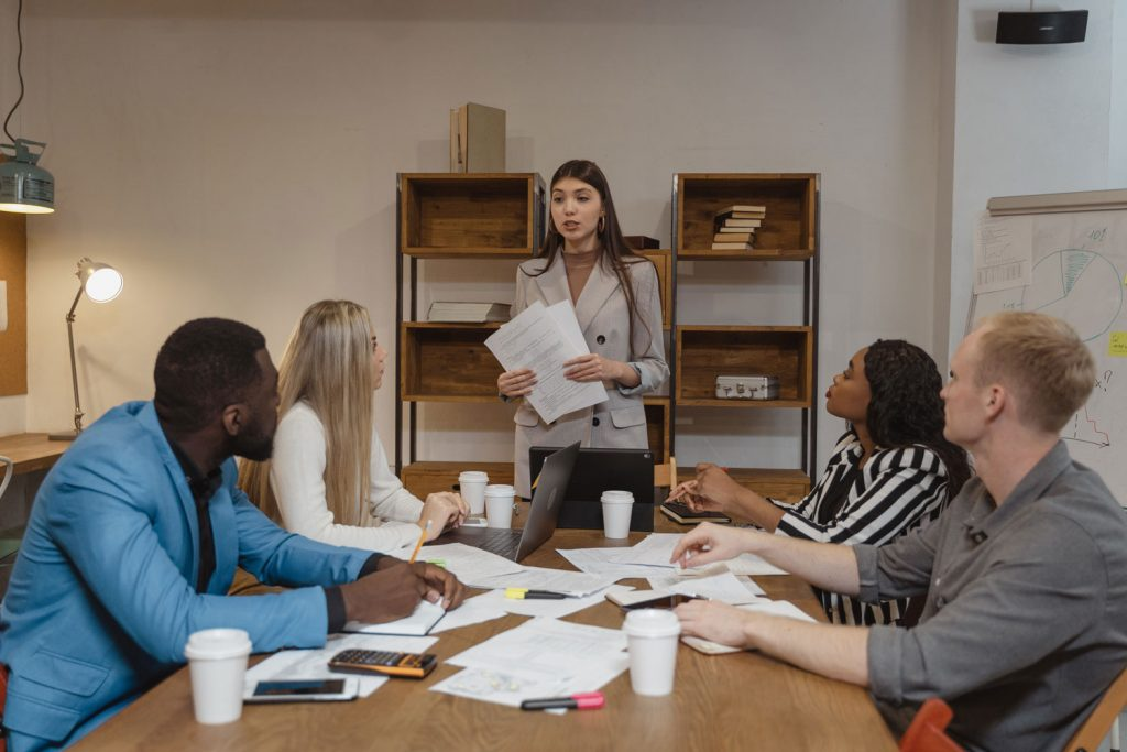 contratacion e induccion de personal